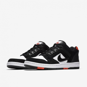 TENIS NIKE SB AIR FORCE II LOW